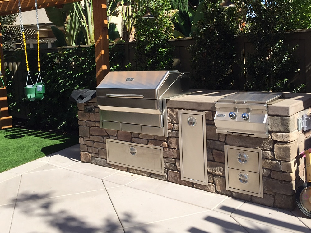 Outdoor Kitchen Builder Carlsbad CA